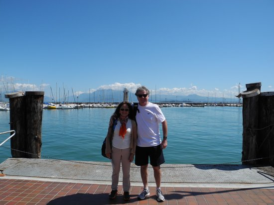 Il Paiolo B&B: marina Desenzano frente a Sirmione