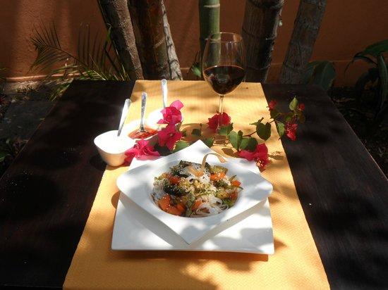 Pasta udon glutenfree picture of restaurant el jardin - Restaurant jardin d acclimatation neuilly ...