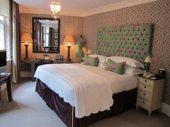Covent Garden Hotel: 角部屋だからかちょっとイレギュラーな