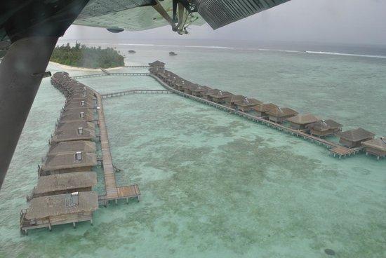 Medhufushi Island Resort: View from the sea plane
