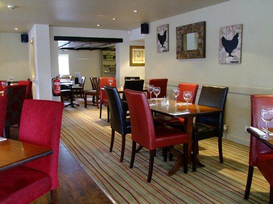 The Fancott: Restaurant1