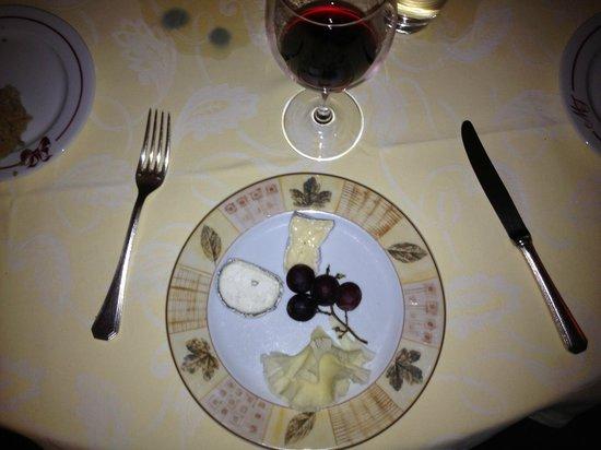 Le Manoir de la Fôret : Extraordinary cheese selection