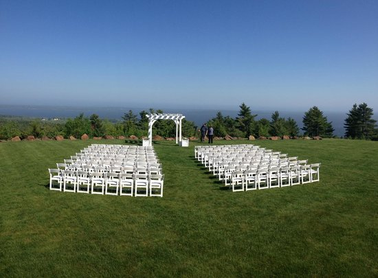 Point Lookout Resort: View of the wedding venue at the resort...AMAZING