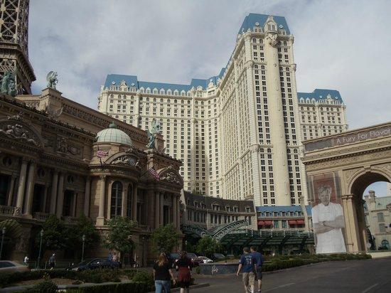 Paris hotel casino las vegas reviews