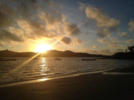 Turtle Island: sunset from main beach