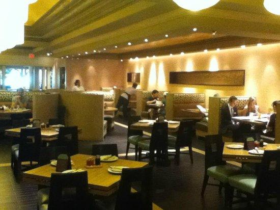 Noodle Shop: Interior quite and romantic