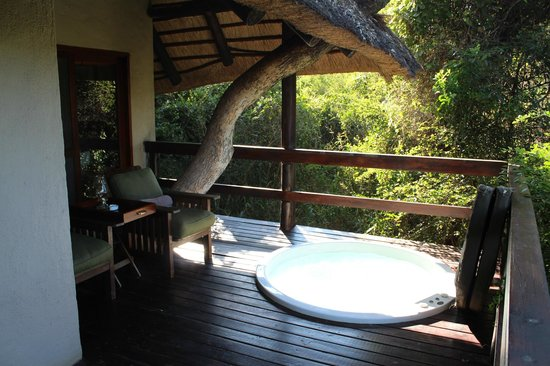 Sabi Sabi Bush Lodge: Little bush lodge balcony w/spa
