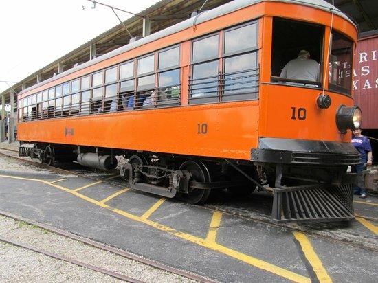Museum of Transportation: Working Street Car