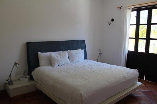 Hotel Casa Tota: King Bed