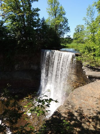Owen Sound, Canada: Indian Falls  Worth the Hike