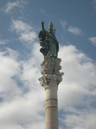 Colonna di Sant'Oronzo: Colonna Sant'Oronzo