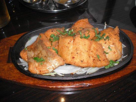 Me2Raj Indian Restaurant: Salmon Masala