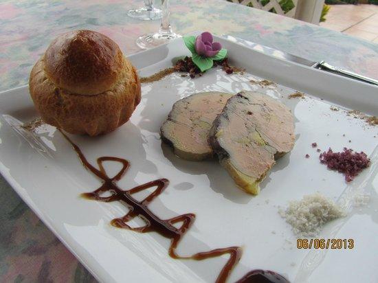Le Belvedere: Mi-cuit foie gras w/warm brioche
