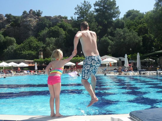 Turunc Hotel: The family pool