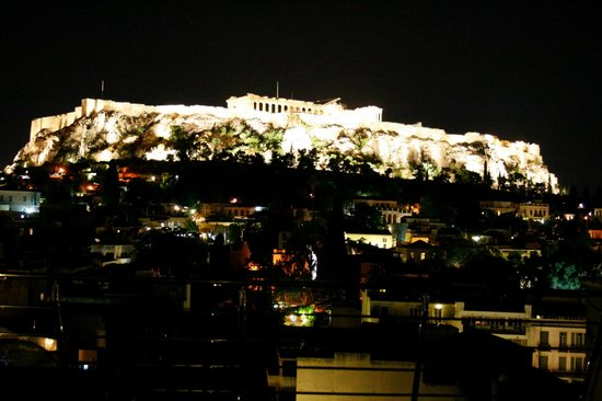 Plaka Hotel: Night View From Roof Top