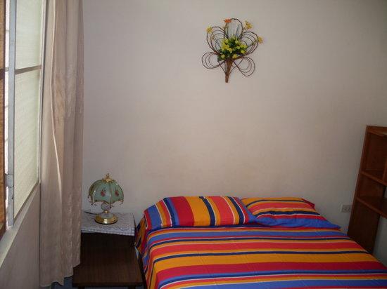 Hostal El Colibri: Habitaciòn matrimonial