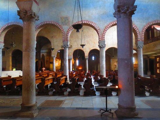 Cattedrale di San Giusto Martire : Church