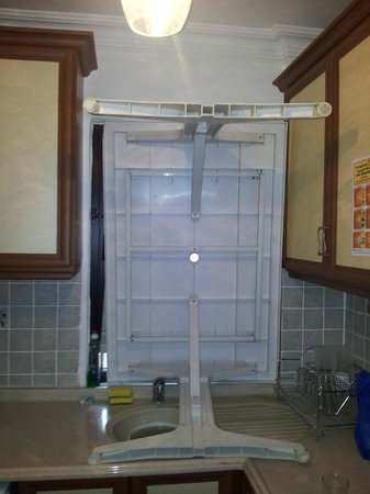 Monta Verde Hotel & Villas: Kitchen window that was broken into! Security measures we had to take to block the window.