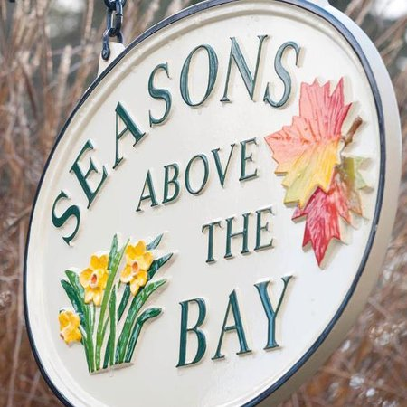 Seasons Above the Bay Guest Suites and B&B : Logo