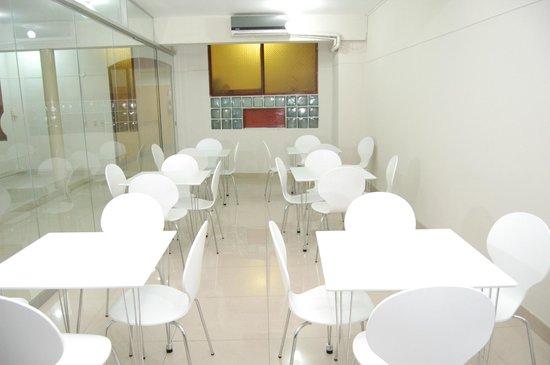Hotel Copoazu: Dinning