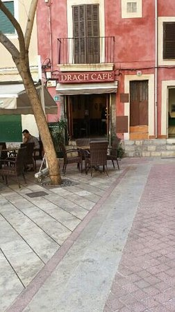 Drach Cafe