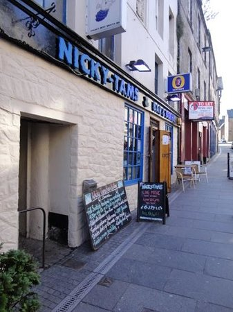 Nicky Tams Bar & Bothy: pub front on Baker St