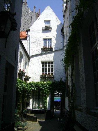 Vlaeykensgang, Amberes, Bélgica.