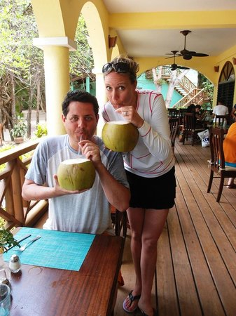 Hamanasi Adventure and Dive Resort: Coco Loco's after diving