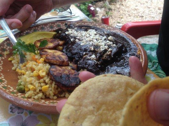 Yerbabuena del Sisal Restaurante : carne ahumada (smoked meat [pork])