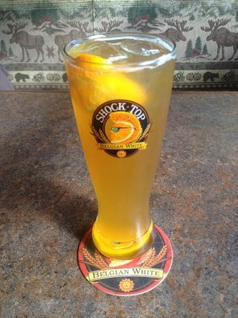 The Moose Cookhouse: Shock Top Belgian White