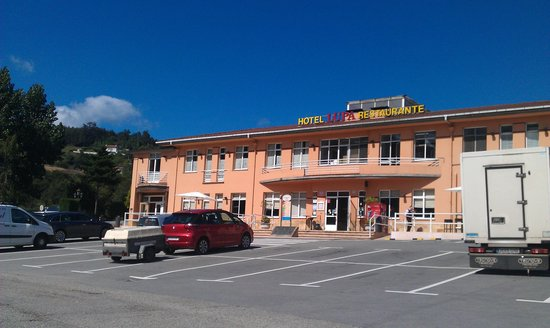 Hotel Lupa : bar-restaurante