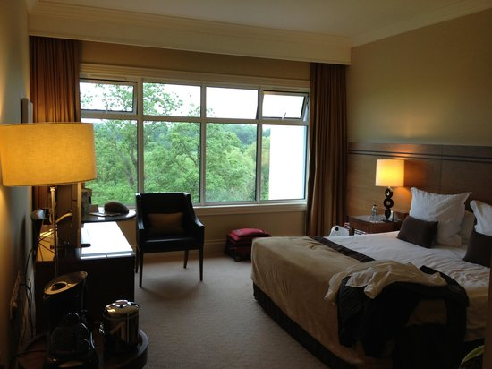 Lyrath Estate Hotel, Spa & Convention Centre: Executive Floor King Room