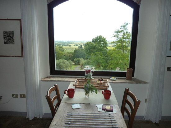 Pieve di Caminino Historic Farm: The view from the Belvedere apartment