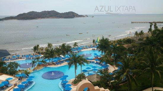 Azul Ixtapa Beach Resort & Convention Center: Vista de la Habitación