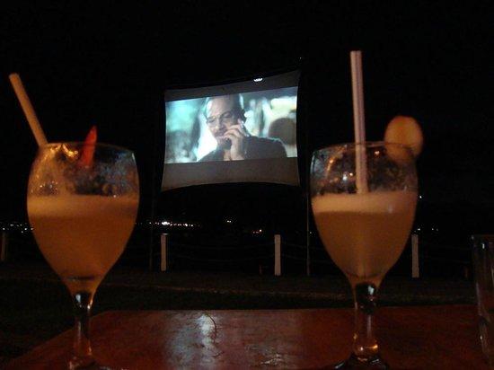 Nambawan Cafe : Moonlight Cinema