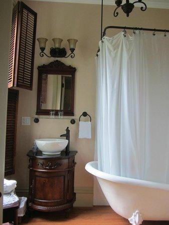 Proctor Mansion Inn: New plumbing, new electrical, laminate flooring.