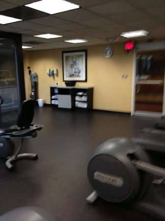 DoubleTree by Hilton Hotel Atlanta - Marietta: fitness center on 2nd floor right by elevators