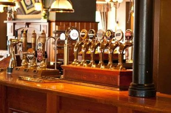The bar at the Innkeeper's Lodge Beckenham