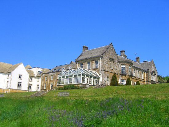 Wyck Hill House Hotel & Spa: View from grounds