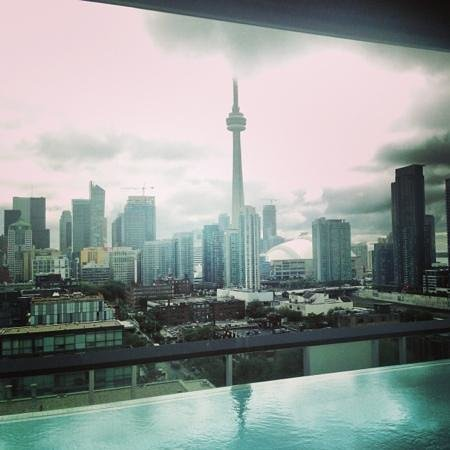 Thompson Toronto - A Thompson Hotel: rooftop view