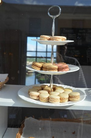 The Bridge Coffee Shop: Lovely treats with a hint of the view to come