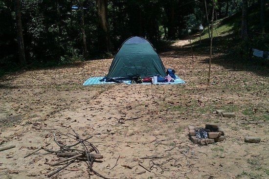 Nusa Holiday Village: Tent pitched up
