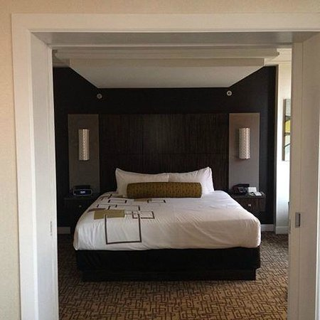 Suite picture of golden nugget atlantic city tripadvisor for Golden nugget 2 bedroom parlor suite