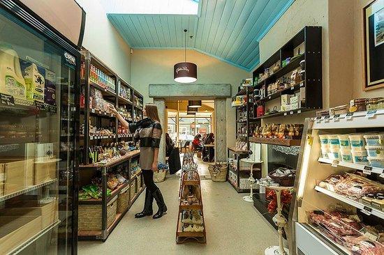 A Taste of Gibbston Valley : Inside the pantry at A Taste of Gibbston.