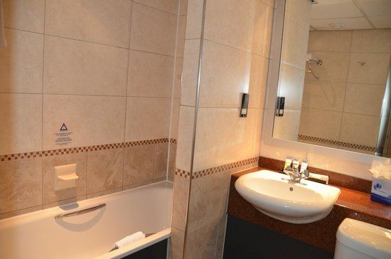 Mercure Chester Abbots Well Hotel: In need of an update!