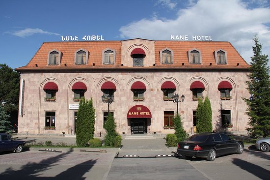 NANE HOTEL: The hotel view from outside