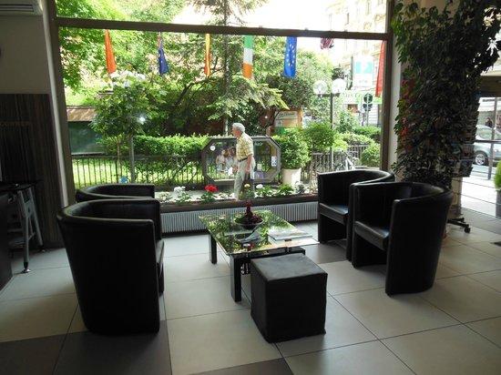 Novum Hotel Kaffeemuehle: Hotel lobby