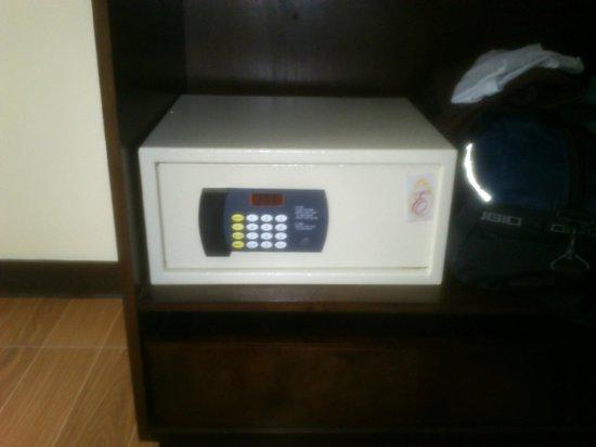 Fersal Hotel - Puerto Princesa: Safety Deposit box