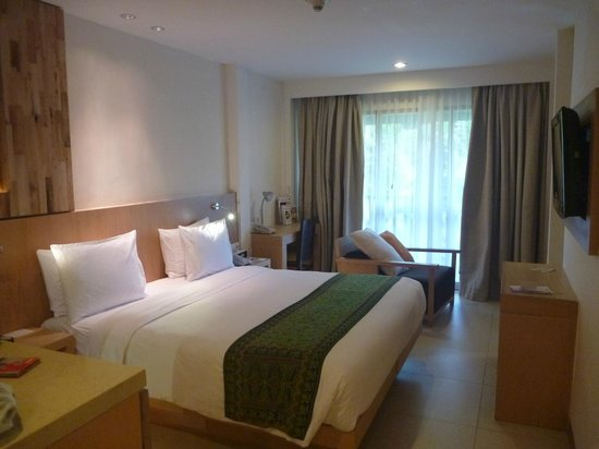 Holiday Inn Resort Baruna Bali: King superior room