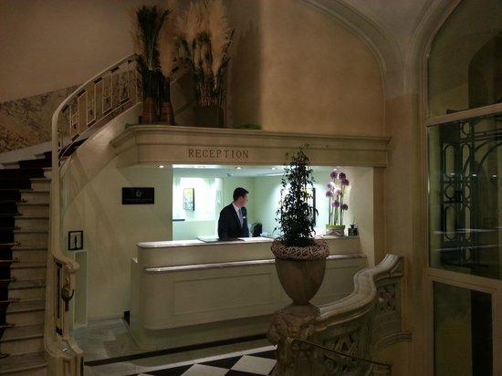 Palace Luzern: Reception